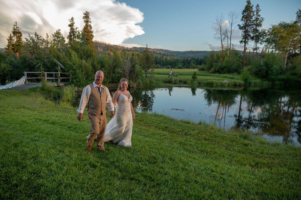 Shane & Christina, Grey Wolf Ranch